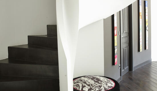 MA's living room collection : Micro-mineral concrete staircases